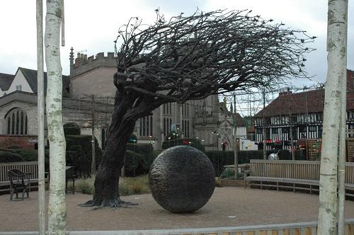 Shakes House - Tree Statue 2